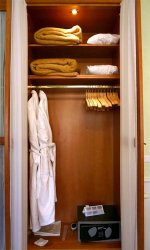 Building A Wardrobe the Frugal Way